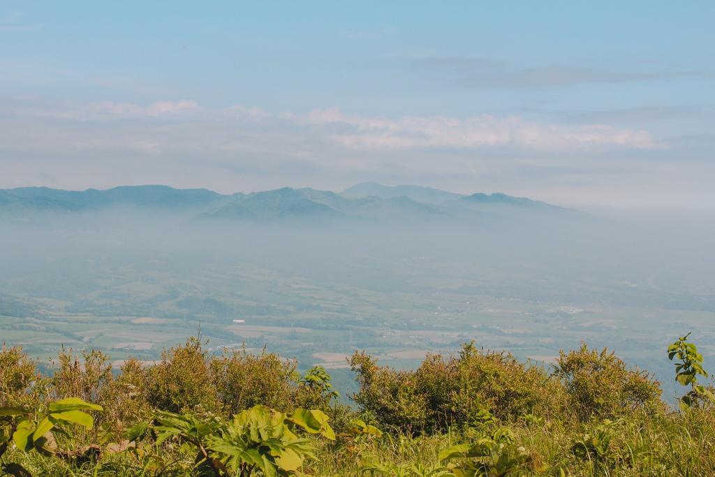 Chinh phuc ngon nui lua nguy hiem bac nhat Hokkaido hinh anh 11