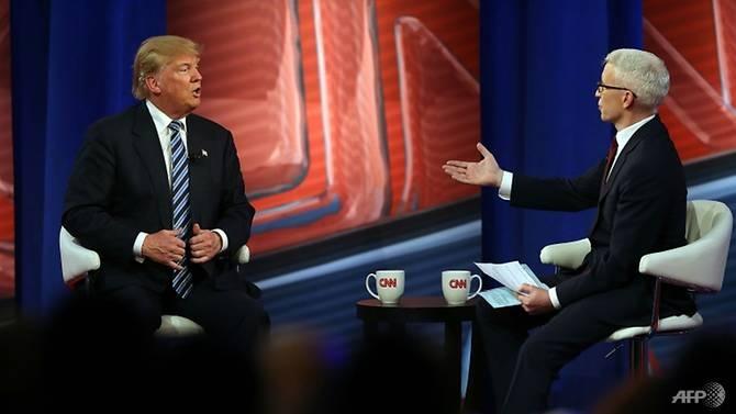 Bi goi la 'tin gia', CNN van huong loi tu cuoc doi dau voi TT Trump hinh anh 2