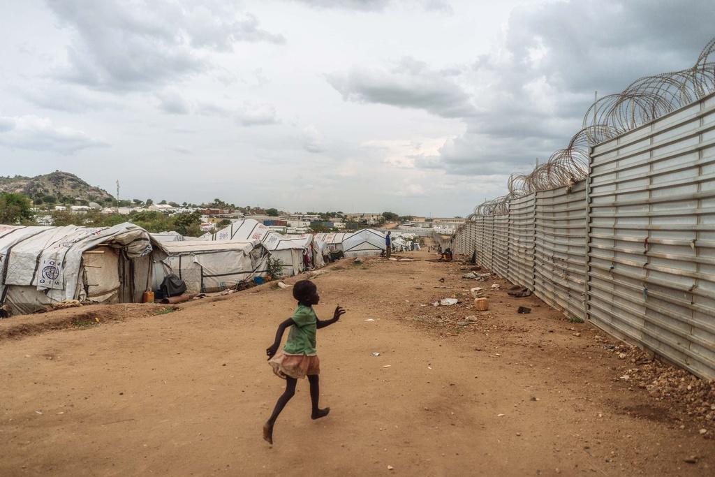 Phu nu Nam Sudan vao rung lay cui: Bi cuong hiep hay ca nha nhin doi hinh anh 7