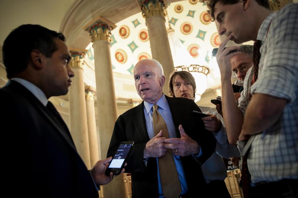TNS John McCain - tieng noi di dau vun dap quan he Viet - My hinh anh 14