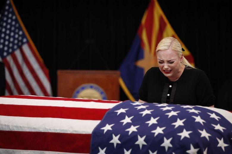 Nguoi dan Arizona xep hang dai tien biet Thuong nghi si McCain hinh anh 7