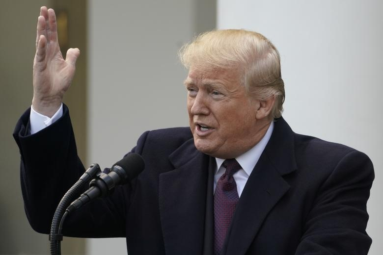 TT Trump an xa ga tay truoc le Ta on va noi moc dang Dan chu hinh anh 5