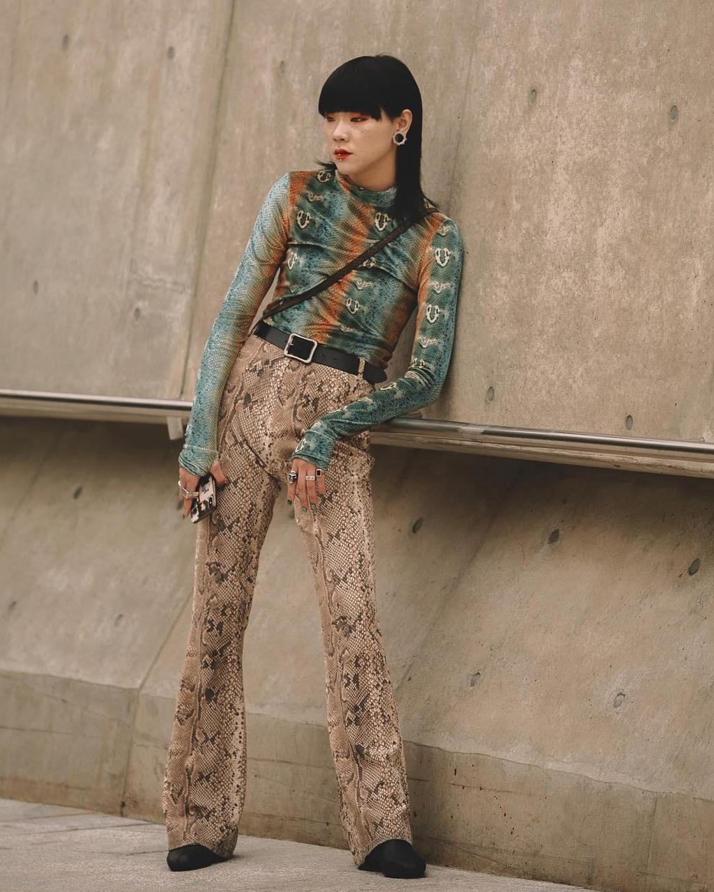 Hinh anh A quan The Face tai Seoul Fashion Week len Vogue hinh anh 6