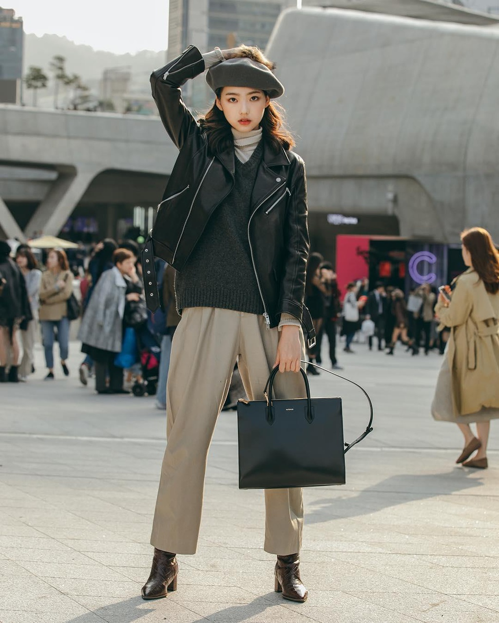 Hinh anh A quan The Face tai Seoul Fashion Week len Vogue hinh anh 13