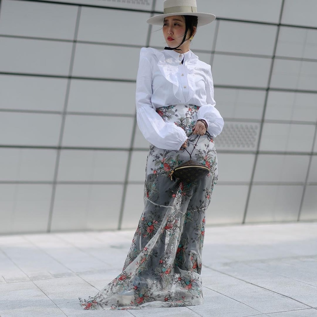 Hinh anh A quan The Face tai Seoul Fashion Week len Vogue hinh anh 8