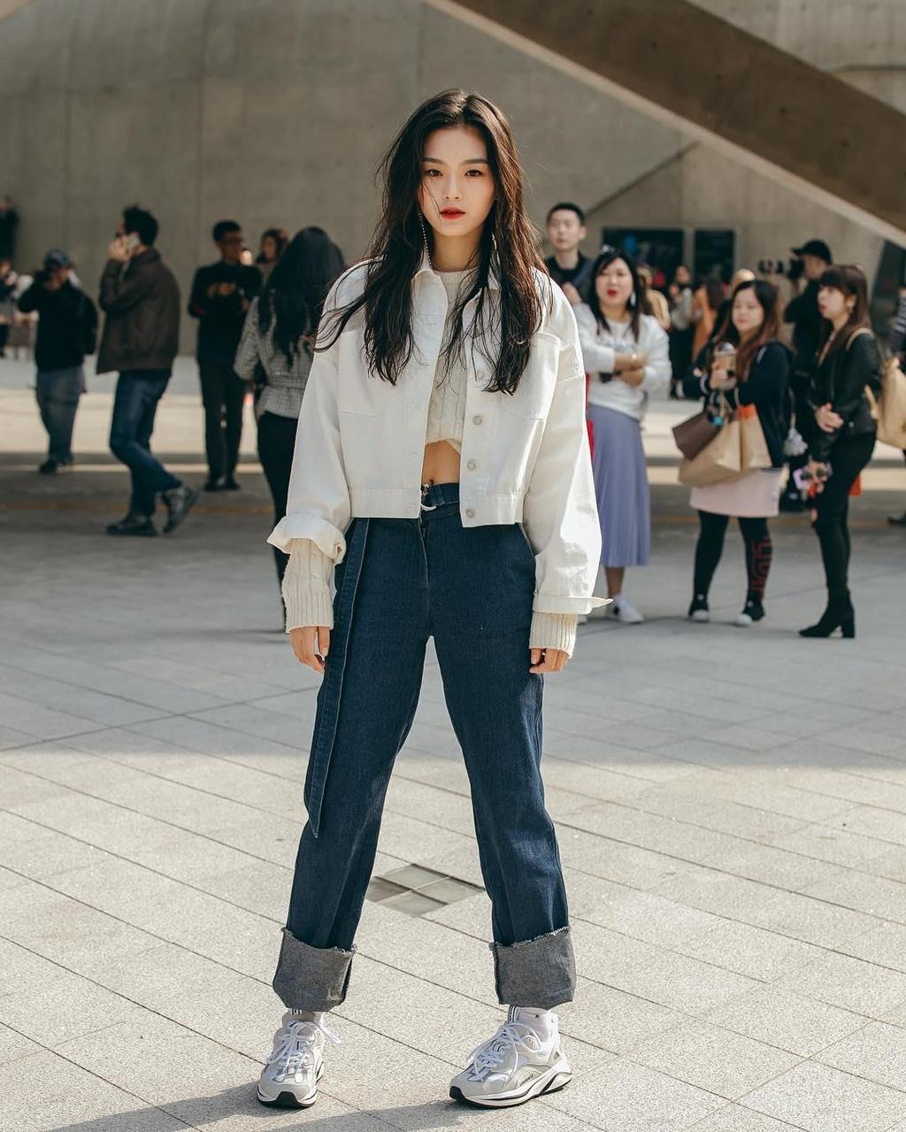 Hinh anh A quan The Face tai Seoul Fashion Week len Vogue hinh anh 14