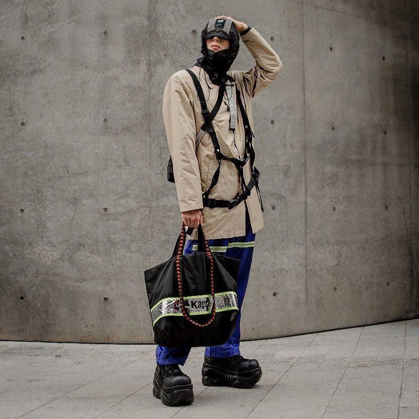 Hinh anh A quan The Face tai Seoul Fashion Week len Vogue hinh anh 25