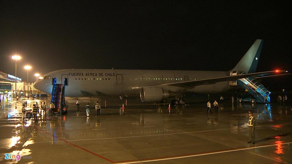 Thu tuong Shinzo Abe di Air Force One cua Nhat den Da Nang hinh anh 9
