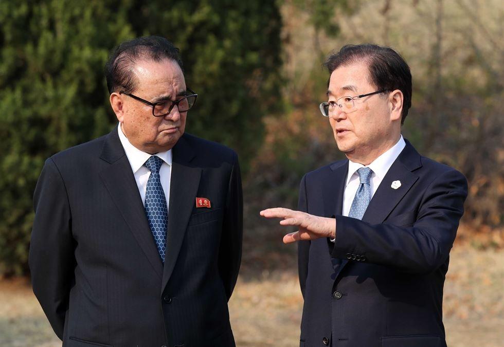 Hau truong cuoc gap lich su cua Kim Jong Un va TT Han Quoc hinh anh 12