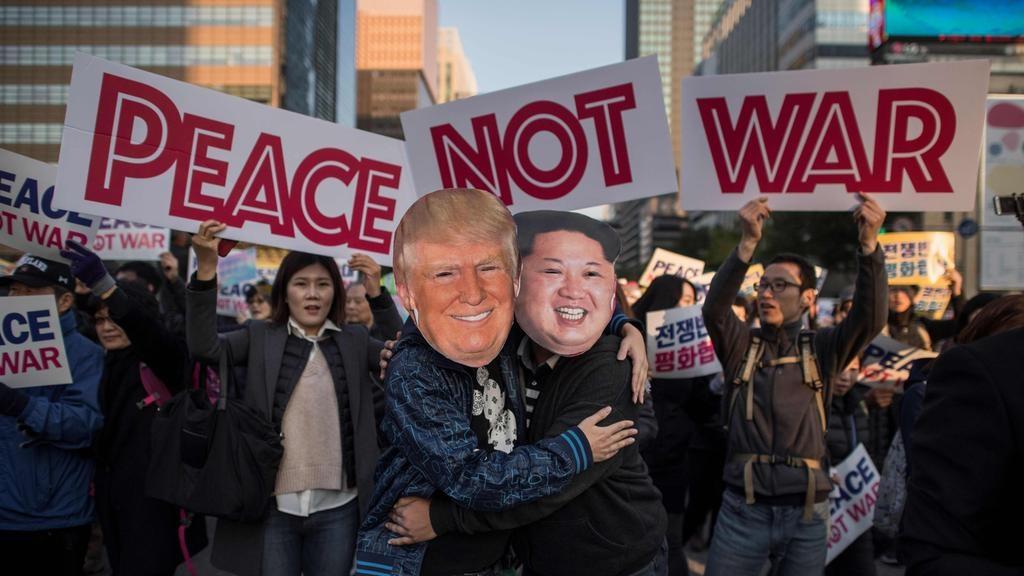 Sau cai nam tay Han - Trieu, 'bong' gio da den chan Trump hinh anh 3