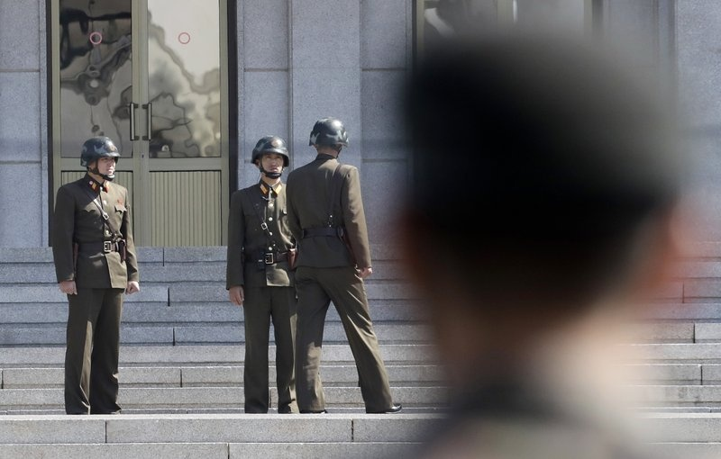 Trump va Kim co the dat dau cham het cho Chien tranh Trieu Tien? hinh anh 3