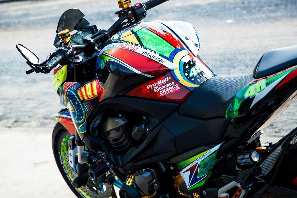 Kawasaki Z800 len do choi hang hieu cua biker An Giang hinh anh 4