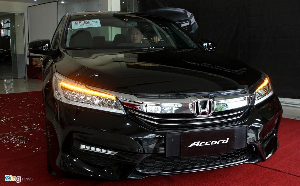 Anh chi tiet Honda Accord 2016 dau tien o Viet Nam hinh anh 3