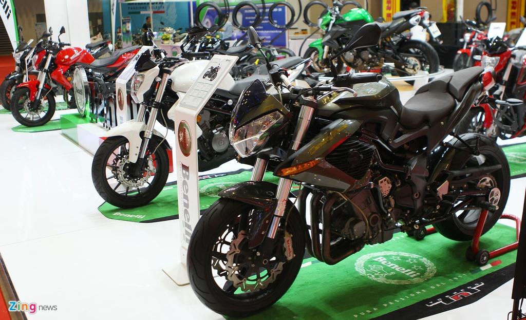 Dan moto Benelli o trien lam Vietnam Motorcycle Show 2016 hinh anh 2