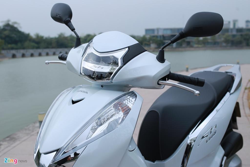 Anh thuc te Honda SH 300i ABS gia 248 trieu vua ra mat o VN hinh anh 3