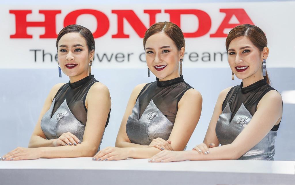 Nguoi dep khoe sac o trien lam Bangkok Motor Show 2017 hinh anh 3