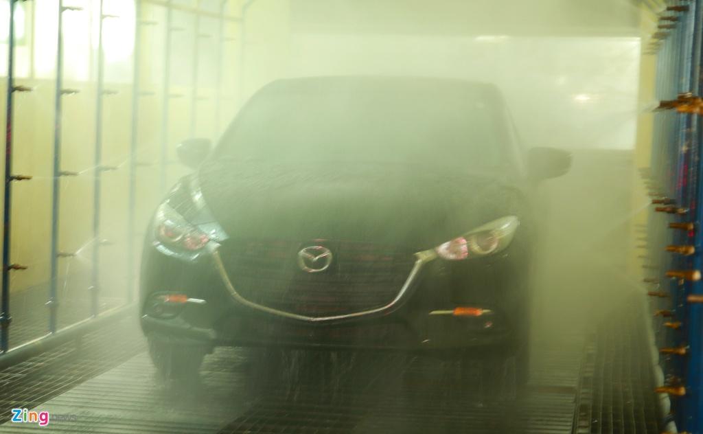 Cac dong xe an khach Kia, Mazda lap rap the nao o Viet Nam? hinh anh 9