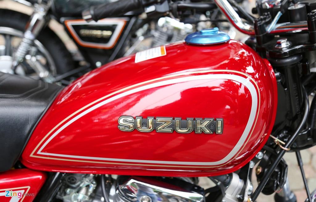 Con tay co dien Suzuki GN125-2F 2017 dau tien ve Ha Noi hinh anh 7