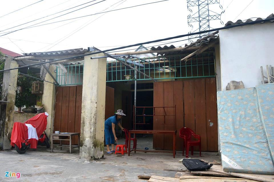 Nguoi dan Quang Binh co vot vat tai san con sot lai sau bao so 10 hinh anh 8