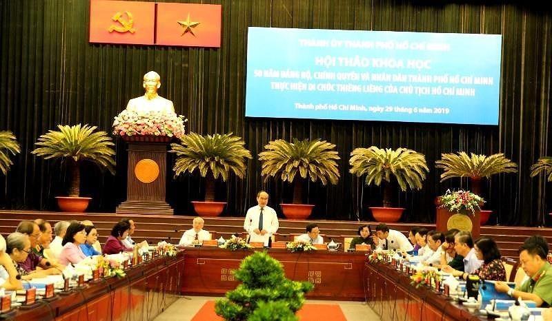 Cuu Bi thu TP.HCM Le Thanh Hai noi ve phong, chong tham nhung hinh anh 1