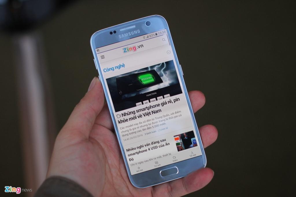 Thuc te Samsung Galaxy S7: Lung cong, chong nuoc hinh anh 4