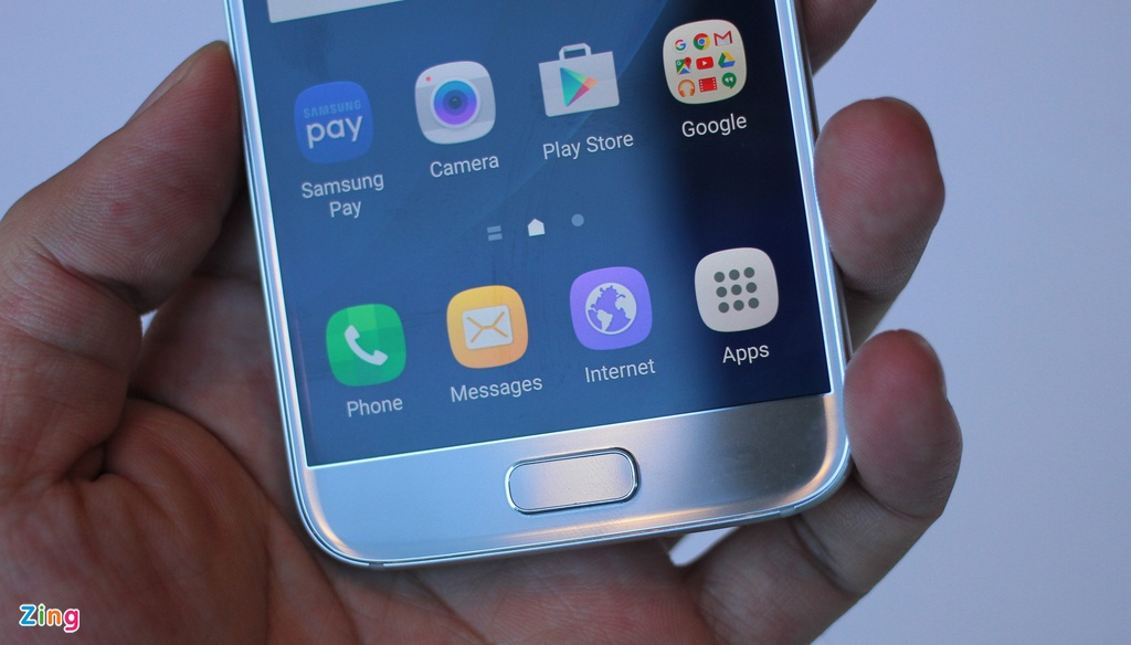 Thuc te Samsung Galaxy S7: Lung cong, chong nuoc hinh anh 5
