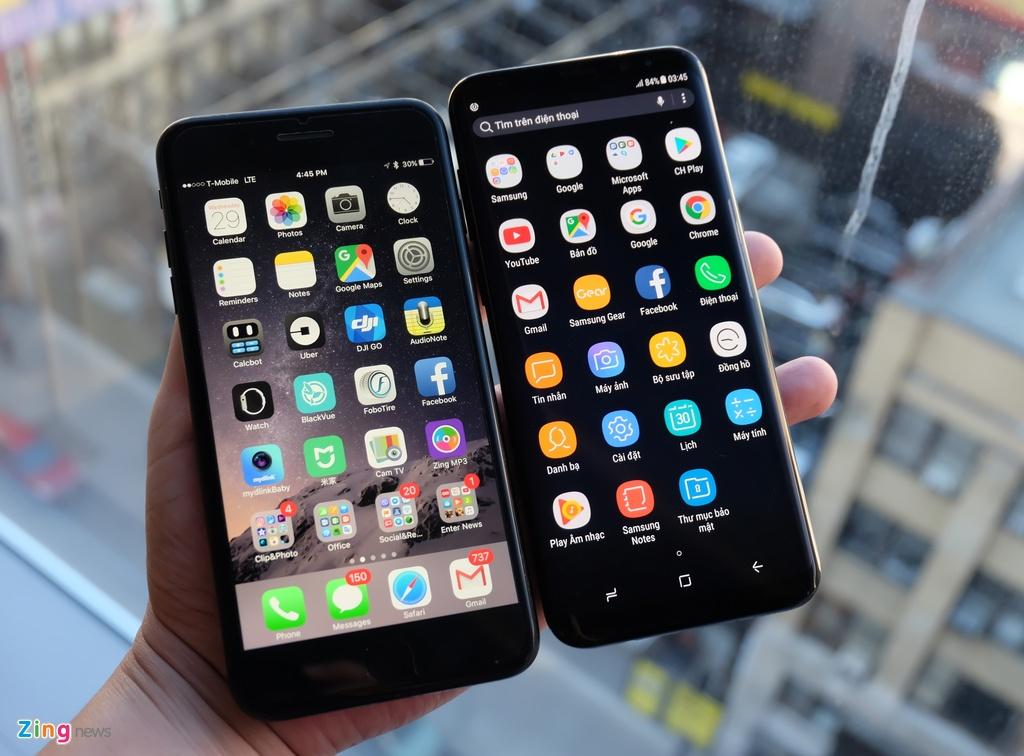 Galaxy S8+ so dang iPhone 7 Plus: Nho hon du man hinh lon hinh anh 2