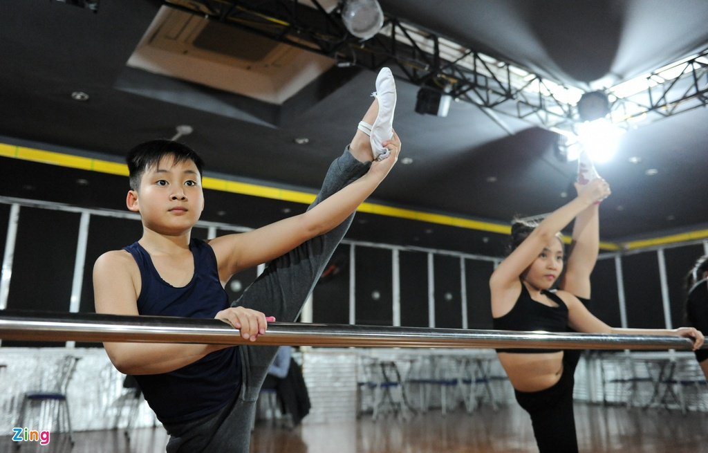 Anh em sinh doi 10 tuoi gianh 118 huy chuong Dance Sport hinh anh 7