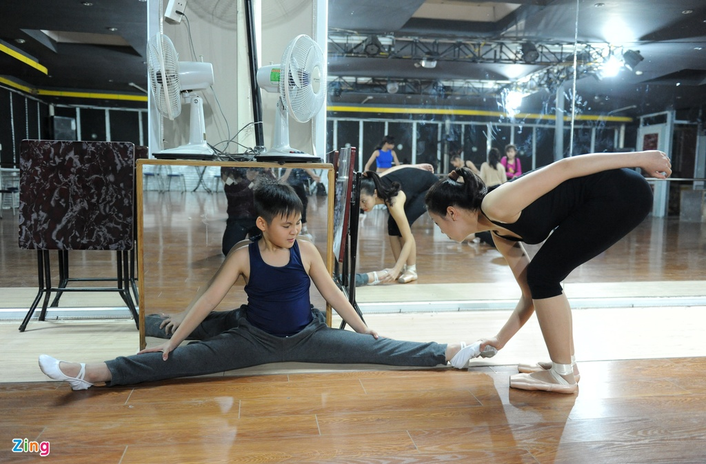 Anh em sinh doi 10 tuoi gianh 118 huy chuong Dance Sport hinh anh 9