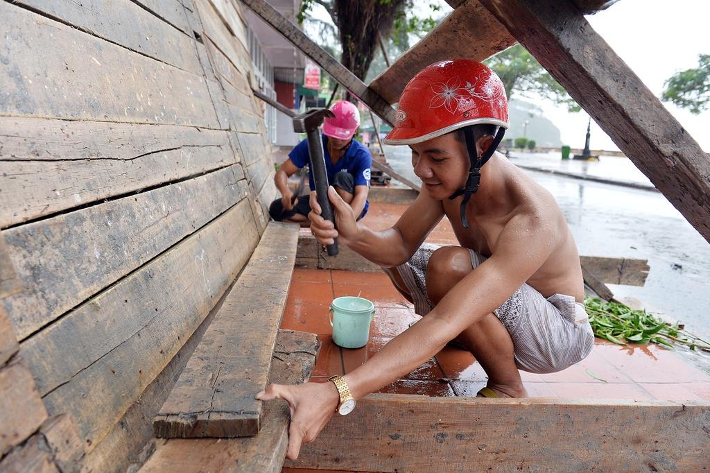 Nguoi dan Nam Dinh, Hai Phong chuan bi ung pho bao so 3 hinh anh 15