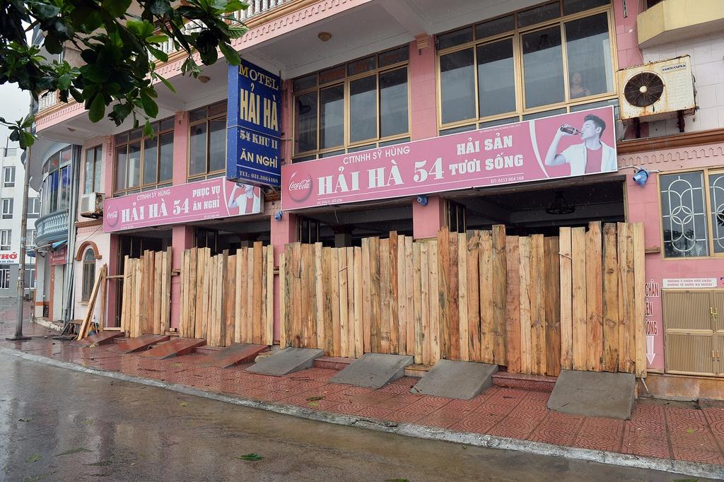 Nguoi dan Nam Dinh, Hai Phong chuan bi ung pho bao so 3 hinh anh 16