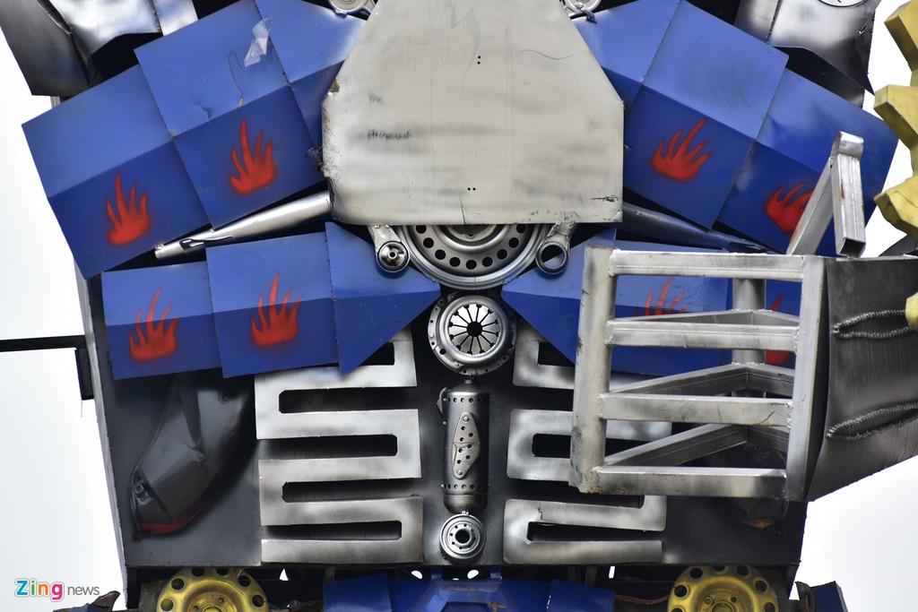 Mo hinh robot khong lo 300 trieu dung canh cong cong ty hinh anh 8