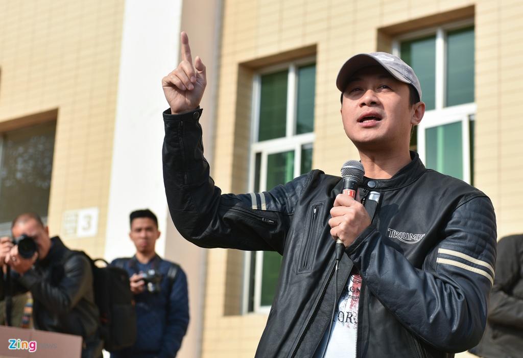 MC Anh Tuan dan 160 moto dieu hanh tuong nho Tran Lap hinh anh 2
