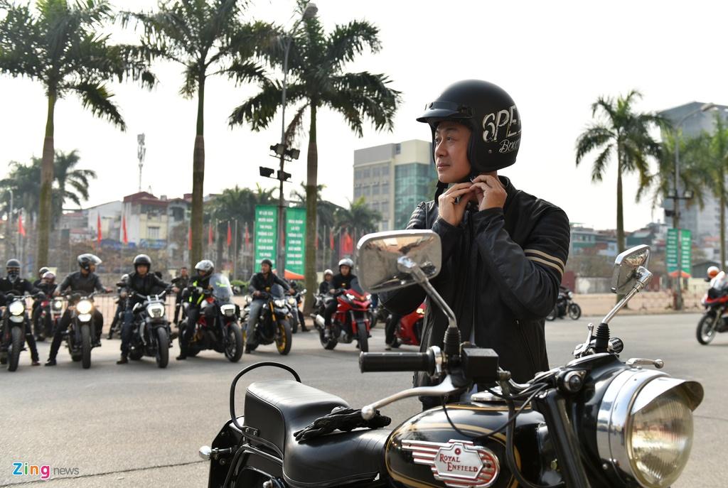 MC Anh Tuan dan 160 moto dieu hanh tuong nho Tran Lap hinh anh 3
