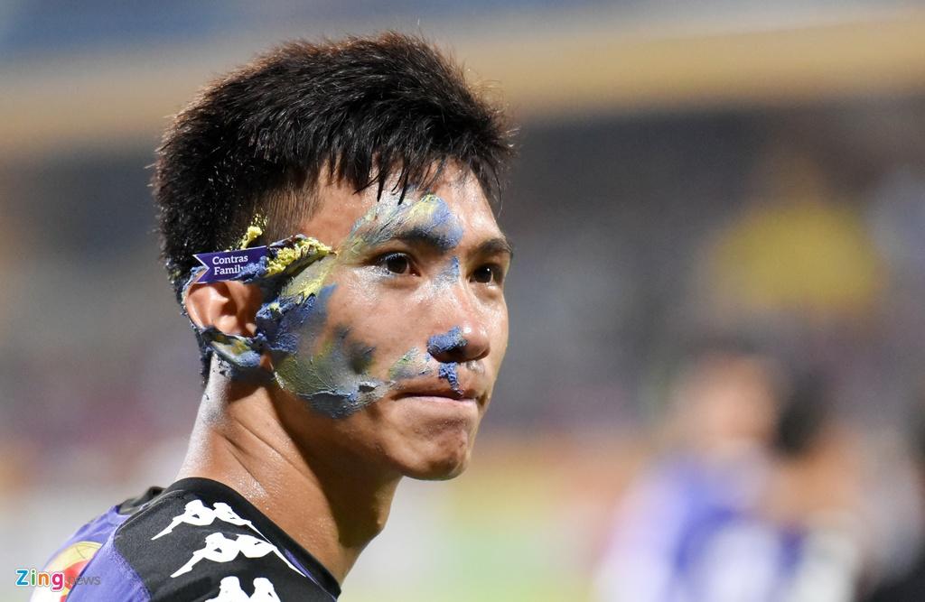 CLB Ha Noi dai thang doi Quang Ninh trong ngay sinh nhat hinh anh 13
