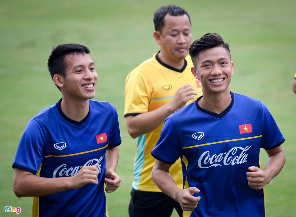 Thay Park huong dan da phat goc kieu Anh cho Cong Phuong, Tien Dung hinh anh 6