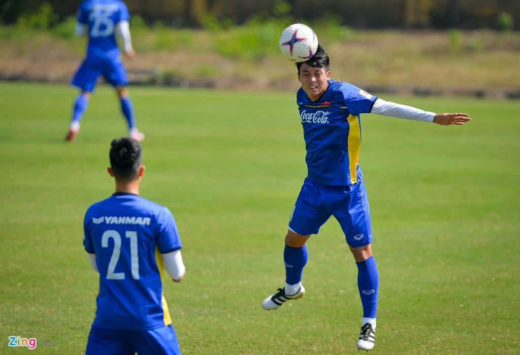 DT Viet Nam ren the luc chuan bi cho AFF Cup hinh anh 10