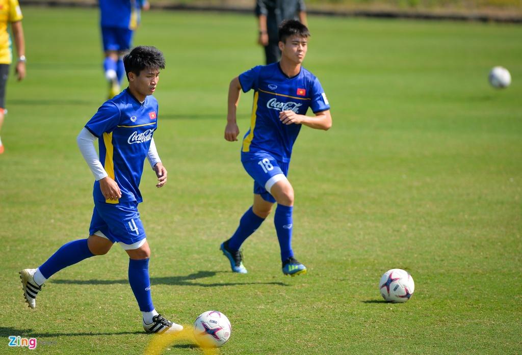 DT Viet Nam ren the luc chuan bi cho AFF Cup hinh anh 12
