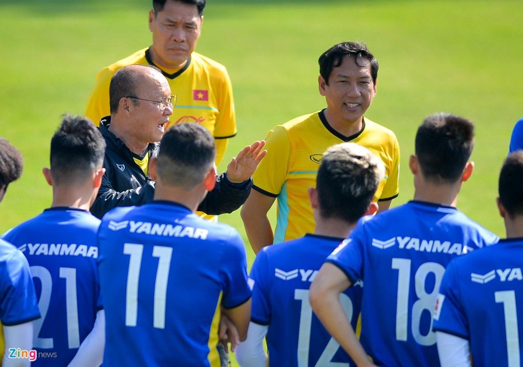 DT Viet Nam ren the luc chuan bi cho AFF Cup hinh anh 1
