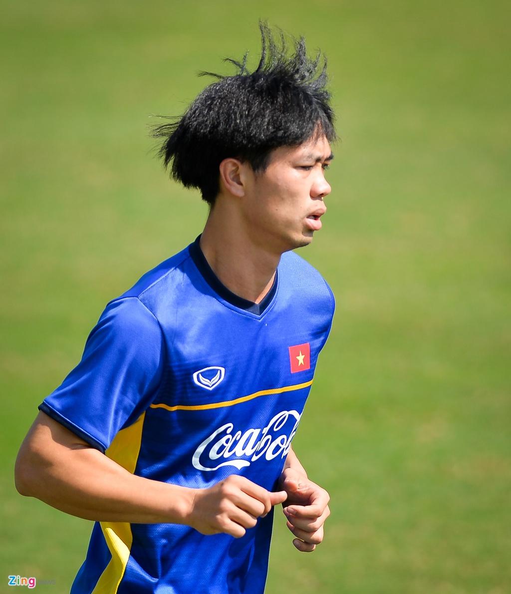 DT Viet Nam ren the luc chuan bi cho AFF Cup hinh anh 4