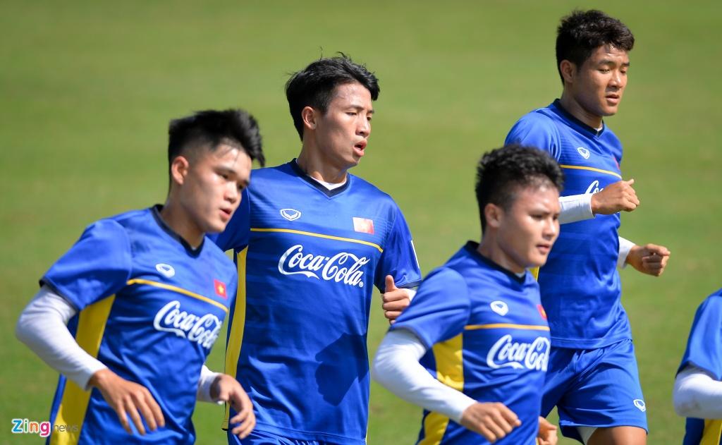 DT Viet Nam ren the luc chuan bi cho AFF Cup hinh anh 8