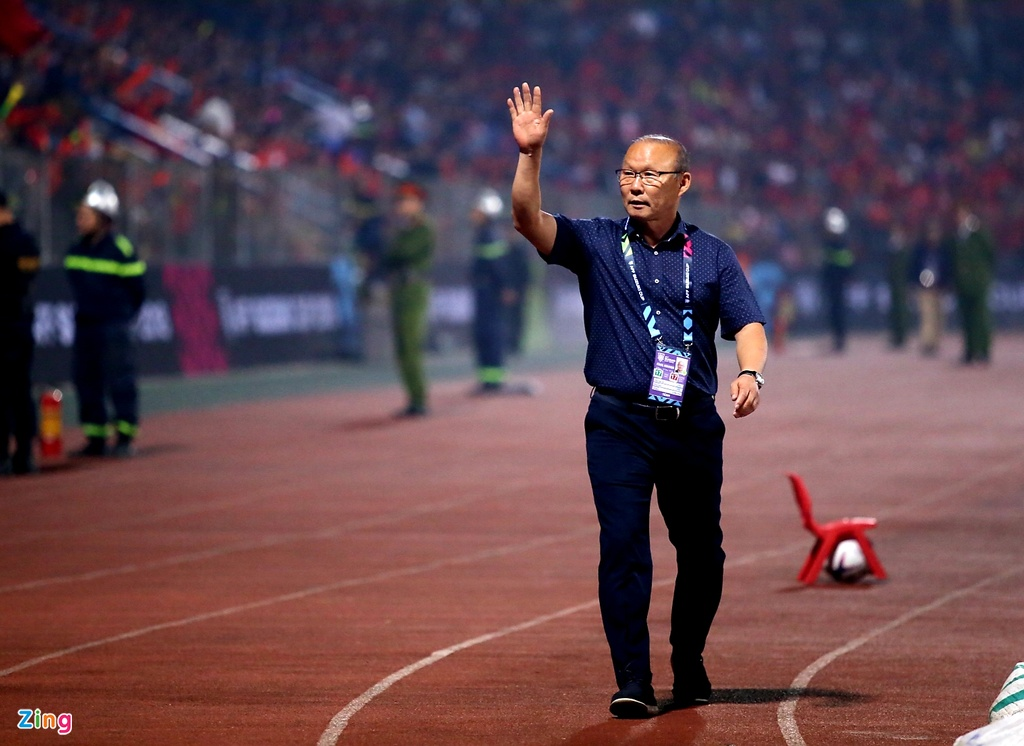 Phan ung dang yeu cua HLV Park Hang-seo trong tran gap Campuchia hinh anh 1