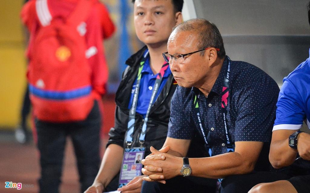 Phan ung dang yeu cua HLV Park Hang-seo trong tran gap Campuchia hinh anh 2