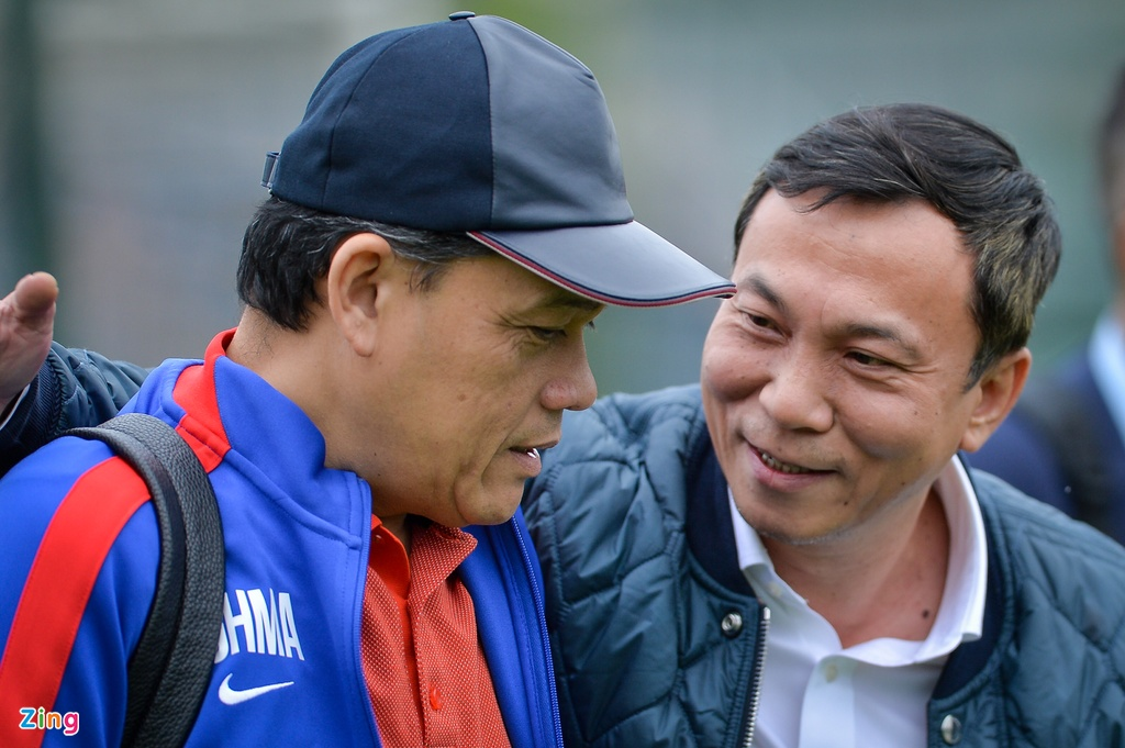 Van Toan, Ngoc Hai tap rieng voi bac si truoc them chung ket AFF Cup hinh anh 10