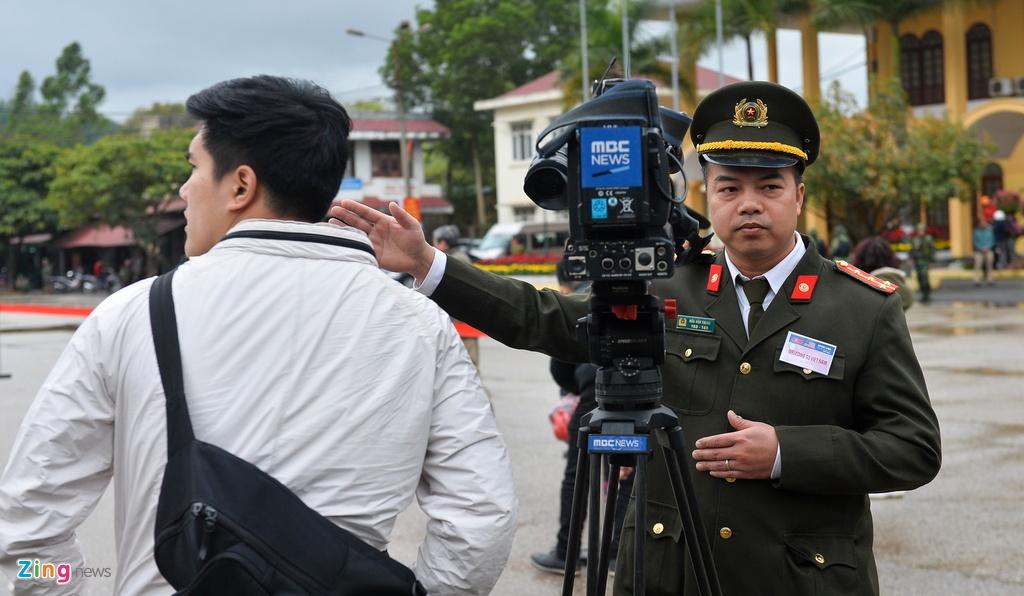 Lap vanh dai an ninh, bo doi day dac quanh ga Dong Dang hinh anh 7