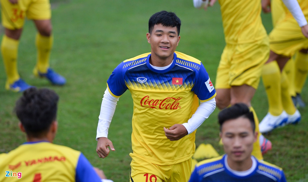 Cau thu U23 Viet Nam 'tho khong ra hoi' sau khi chong day 40 cai hinh anh 10
