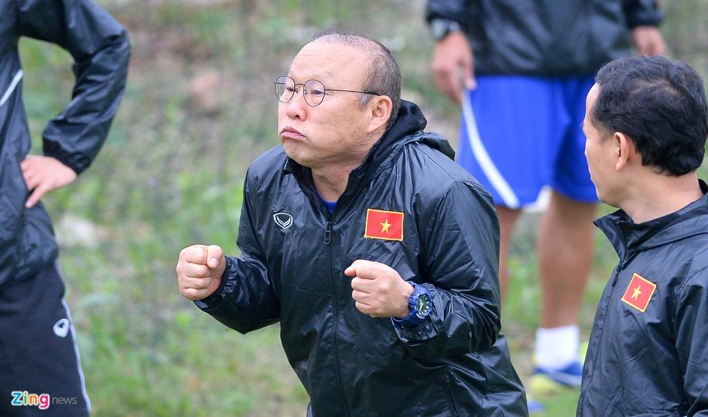 Cau thu U23 Viet Nam 'tho khong ra hoi' sau khi chong day 40 cai hinh anh 7