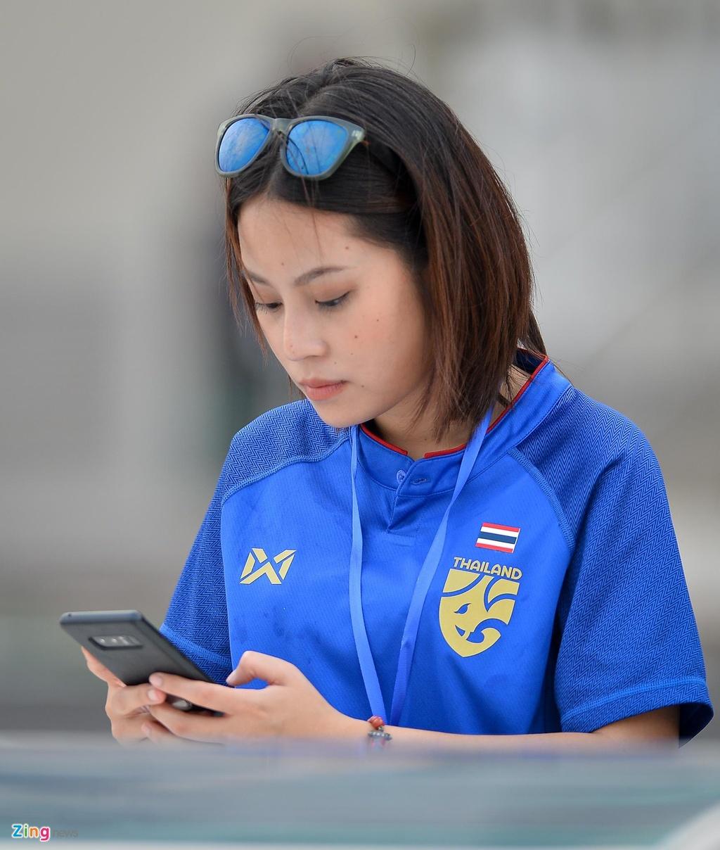 Trung ve cao gan 2 m noi bat trong buoi tap cua U23 Thai Lan hinh anh 8