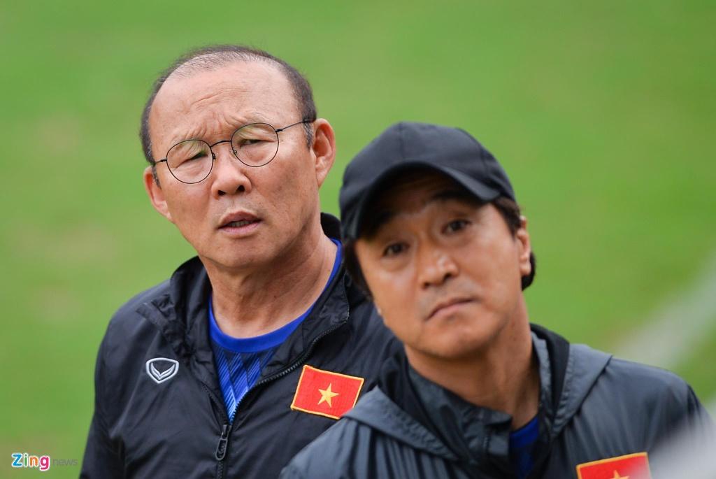 Nguoi hung World Cup 2002 gap lai HLV Park Hang-seo tai Ha Noi hinh anh 3