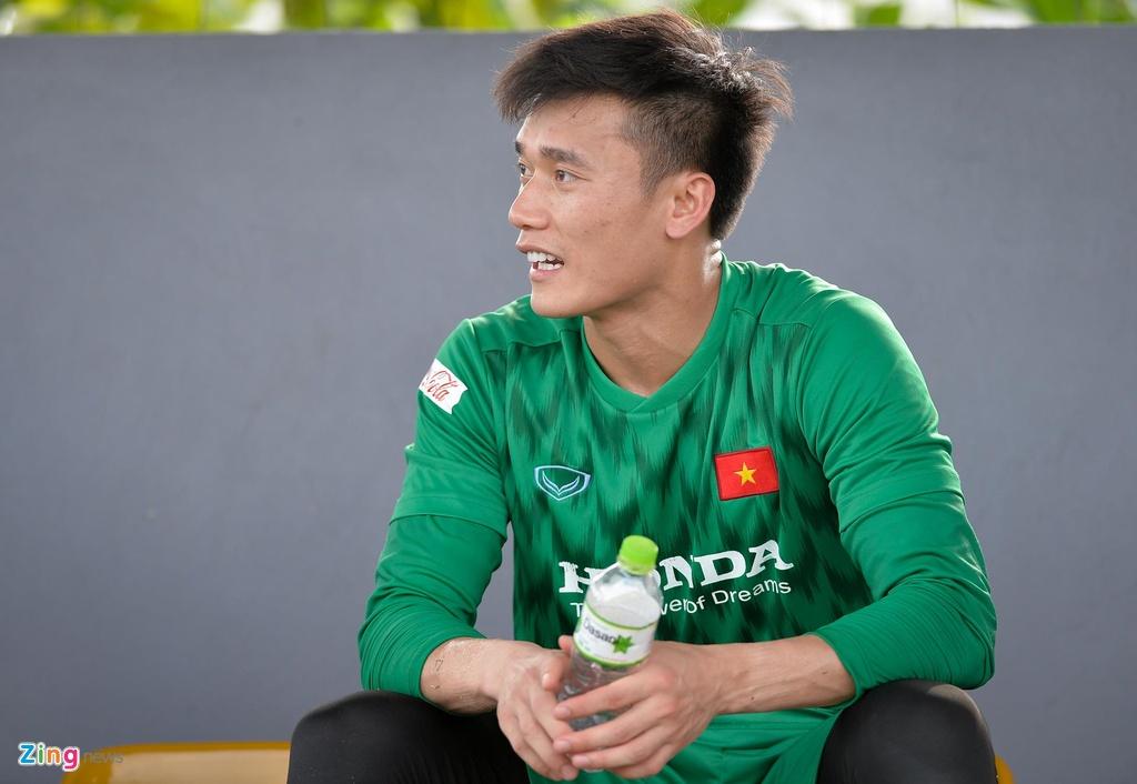Da giu chan, U23 Viet Nam van mat 2 cau thu vi chan thuong hinh anh 8